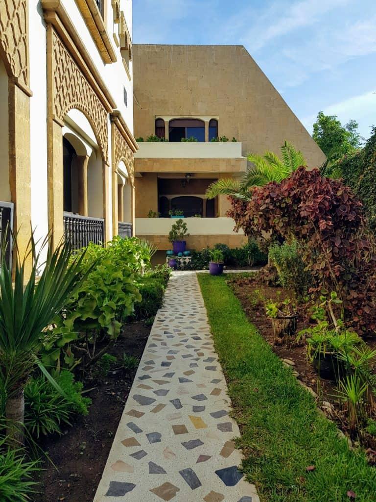 rhiad villa